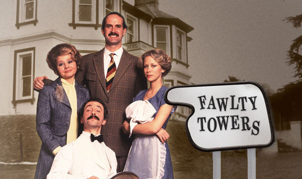 FawltyTowersCast