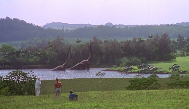 JurassicWorld2-FFirstDinoSights
