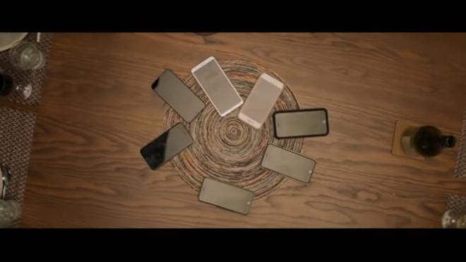 NothingToHide - 3Phones.png